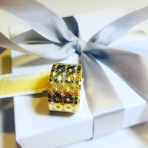Women's ring gold size 8